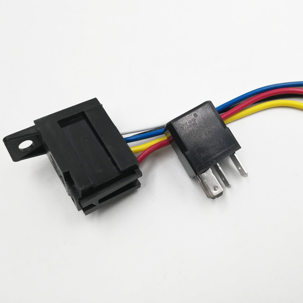 LCR06F-1C automobile Relay 5Pin Car relay 35A Featured Image
