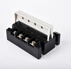 RSR-3-340DA three phrase ssr 40A 3-32VDC input 40-440VAC output